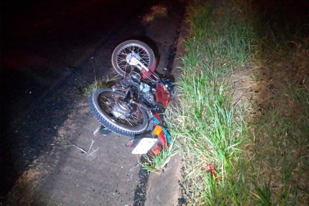 Motociclista de 52 anos morre em grave acidente na PR-492