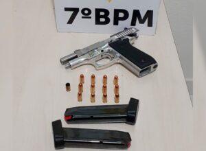PM apreende pistola calibre 380, após homem disparar quatro vezes para o alto