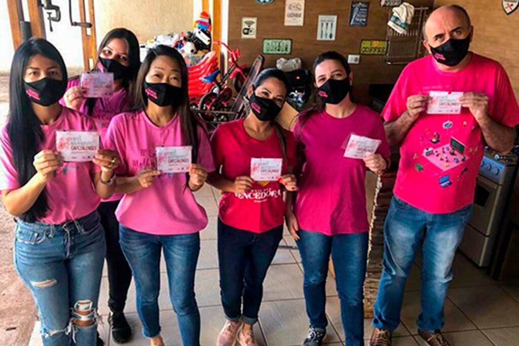 Cafezalenses participam de ação solidária do município e recebem máscaras