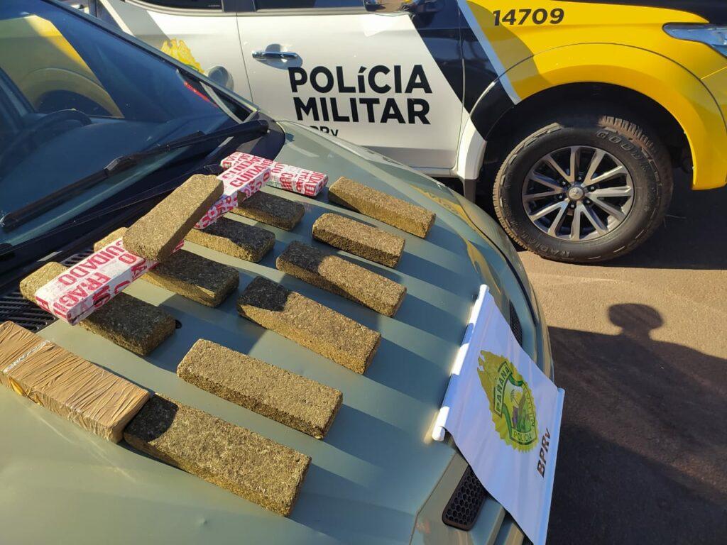 Carro com placas de Umuarama é apreendido na PR-323 com maconha e cocaína