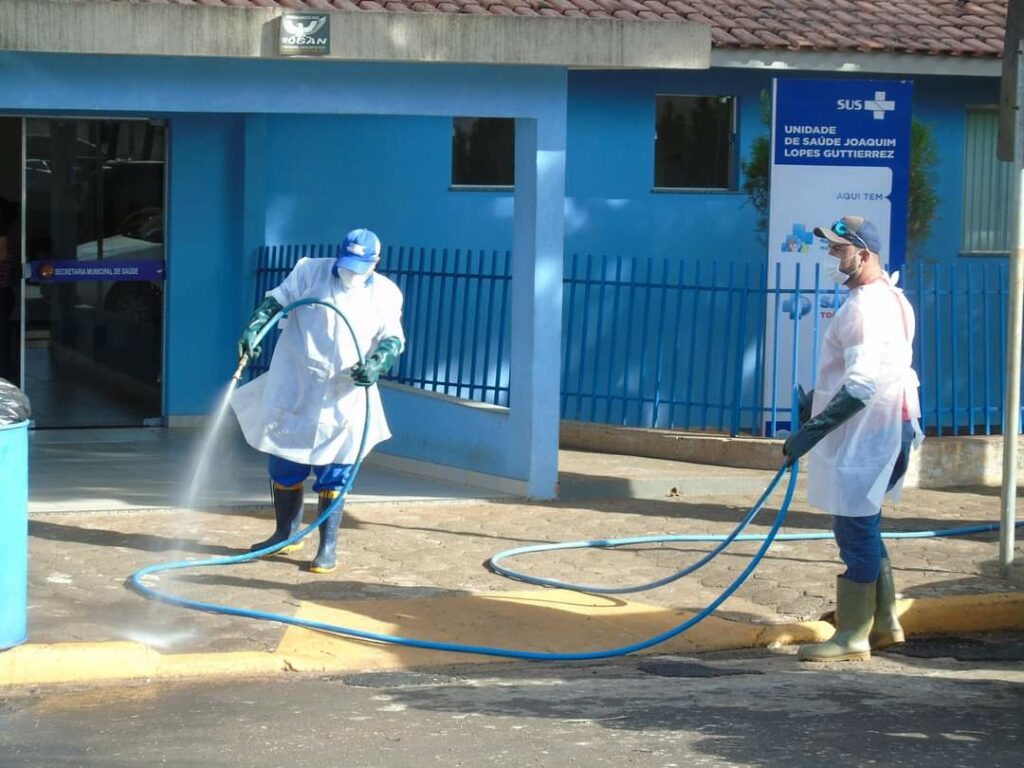 Locais públicos em Mariluz passam por sanitização em prevenção a covid
