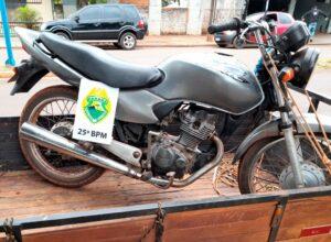 PM de Alto Piquiri recupera moto furtada e prende homem por receptação