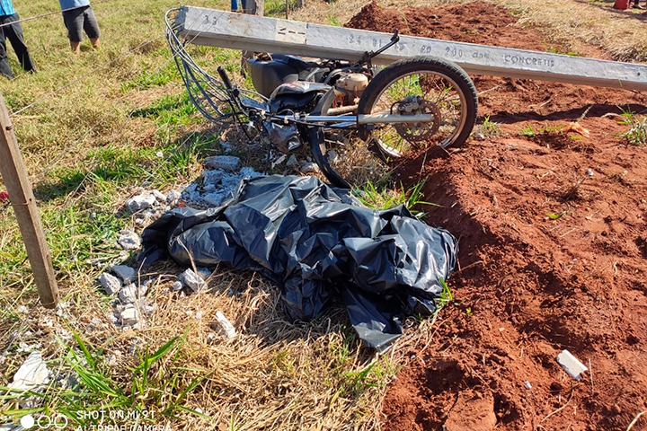 Morador de Altônia morre ao bater moto contra poste na rodovia PR-496