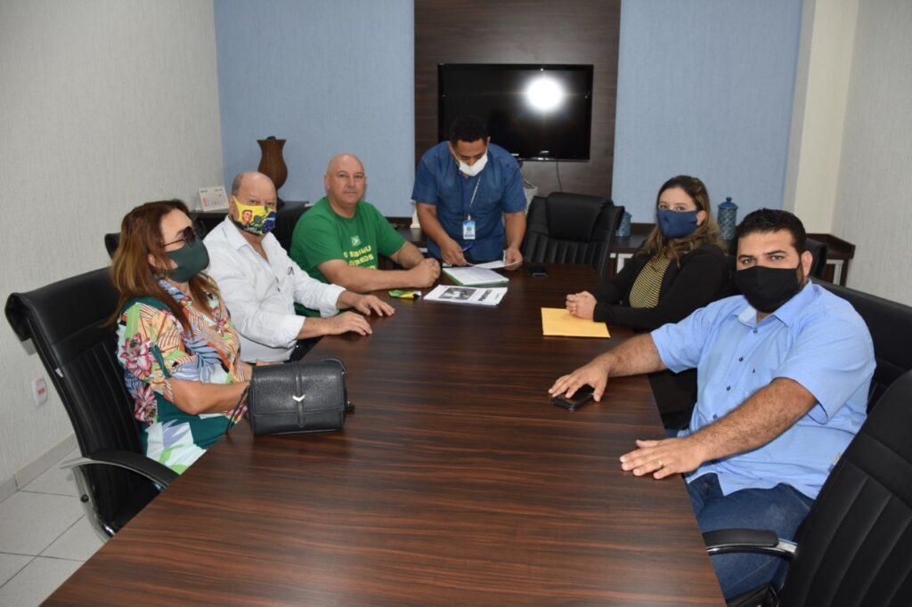 Câmara recebe pedido de afastamento do prefeito Celso Pozzobom