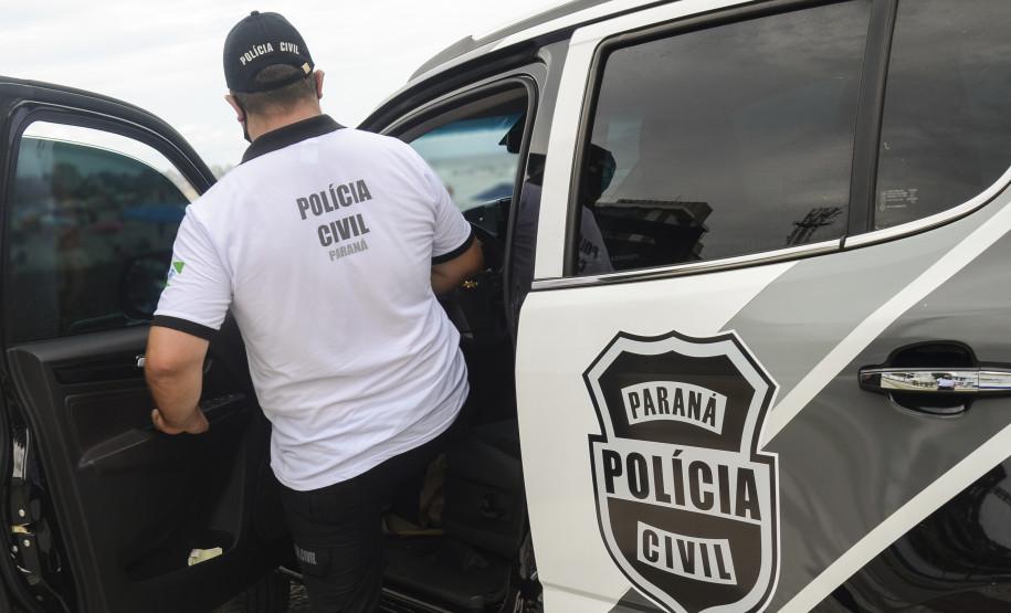 PC prende homem por armazenamento de pornografia infantil