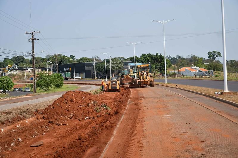 Umuarama: Empresa inicia recape da segunda pista da avenida Portugal